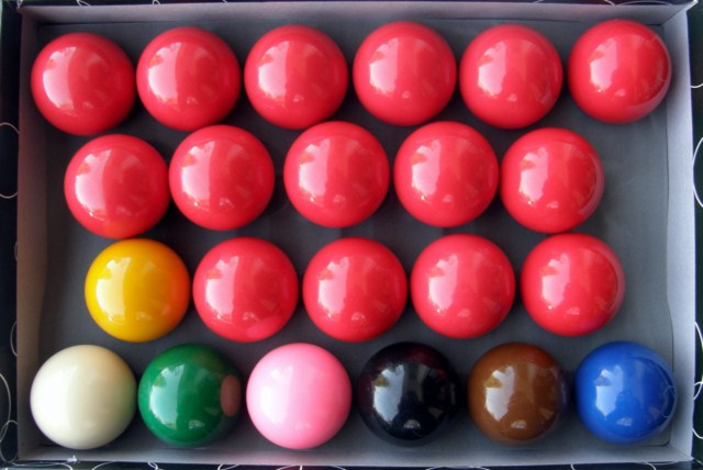 22 Piece Snooker Billiard Ball Set 2 1/16""